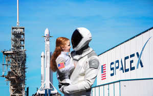 Preview wallpaper Girl, Rocket, Spacesuit, Space, SpaceX