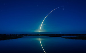 Preview wallpaper of Falcon9, Takeoff, Space