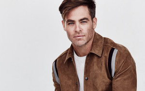 Preview wallpaper of Actor, American, Blue Eyes, Chris Pine