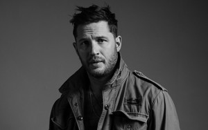 Preview wallpaper of Actor, Black & White, English, Tom Hardy