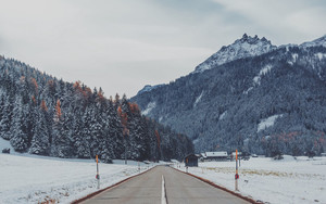 Preview wallpaper of Mountains, Road, Snow