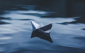 Preview wallpaper of Origami, Boat, Water