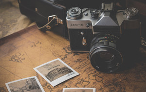 Preview wallpaper of Zenit-E, Retro, Camera, Photos, Map