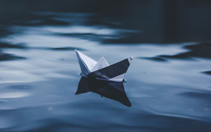 HD Wallpaper of Origami, Boat, Water