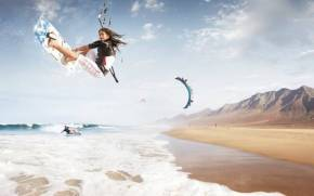 Смотреть обои kitesurf, beach, waves, foam, mountains
