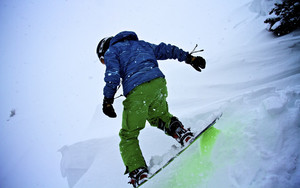 Preview wallpaper of Snowboarder, Snowboard, Snowfall