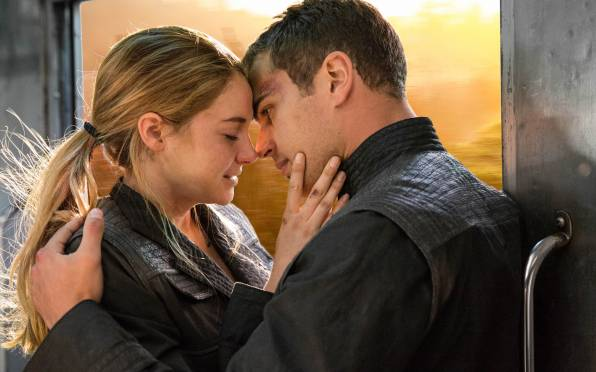 Обои Divergent, Shailene Woodley, Theo James