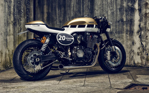 Preview wallpaper of Yamaha XJR 1300, Сafe Racer, Bikes