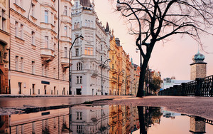 Смотреть обои Architecture, Puddle, Reflection, City, Prague