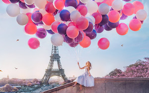 Preview wallpaper Balloon, Blonde, Dress, Eiffel Tower, France, Girl
