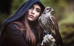 Preview wallpaper Bird, Falcon, Girl, Photography, Woman
