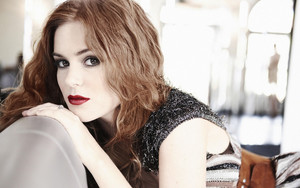 Preview wallpaper Actress, Australian, Isla Fisher, Lipstick