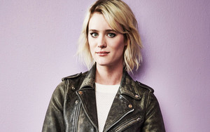 Preview wallpaper Actress, Celebrity, Girl, Mackenzie Davis, Woman