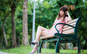 Preview wallpaper Asian, Bench, Brunette, Girl, Lipstick, Model
