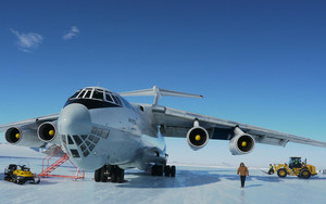 Preview wallpaper of Aircraft, Ilyushin Il-76TD