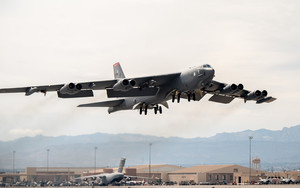 Preview wallpaper of Aircraft, Boeing B-52 Stratofortress, Bomber