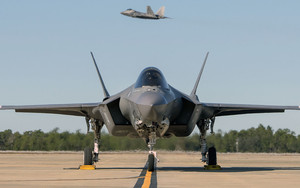 Preview wallpaper of Jet Fighter, Lockheed Martin F-35 Lightning II