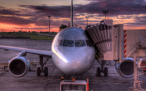 Смотреть обои Aircraft, Sky, Sunset, Trunk, Sleeve