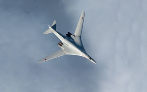 Preview wallpaper of Aircraft, Bomber, Tupolev Tu-160, Warplane