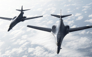 Preview wallpaper Aircraft, Bomber, Rockwell B-1 Lancer, Warplane