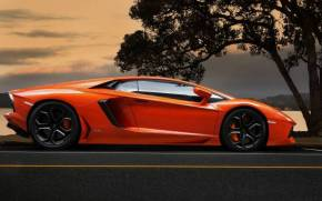 Смотреть обои Lamborghini aventador lp700-4 orange, supercar