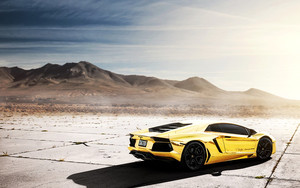 Preview wallpaper  <b>SuperCar</b>, Vehicles, Lamborghini Aventado, Gold