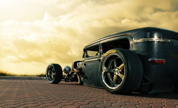 Обои Rusty Ford old stance
