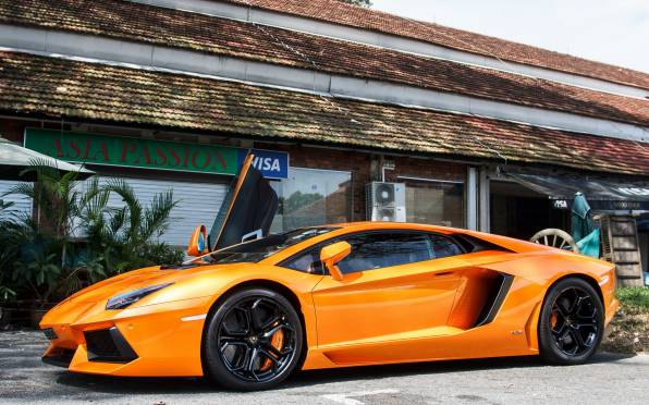 Обои Lamborghini Aventador LP700-4 Orange