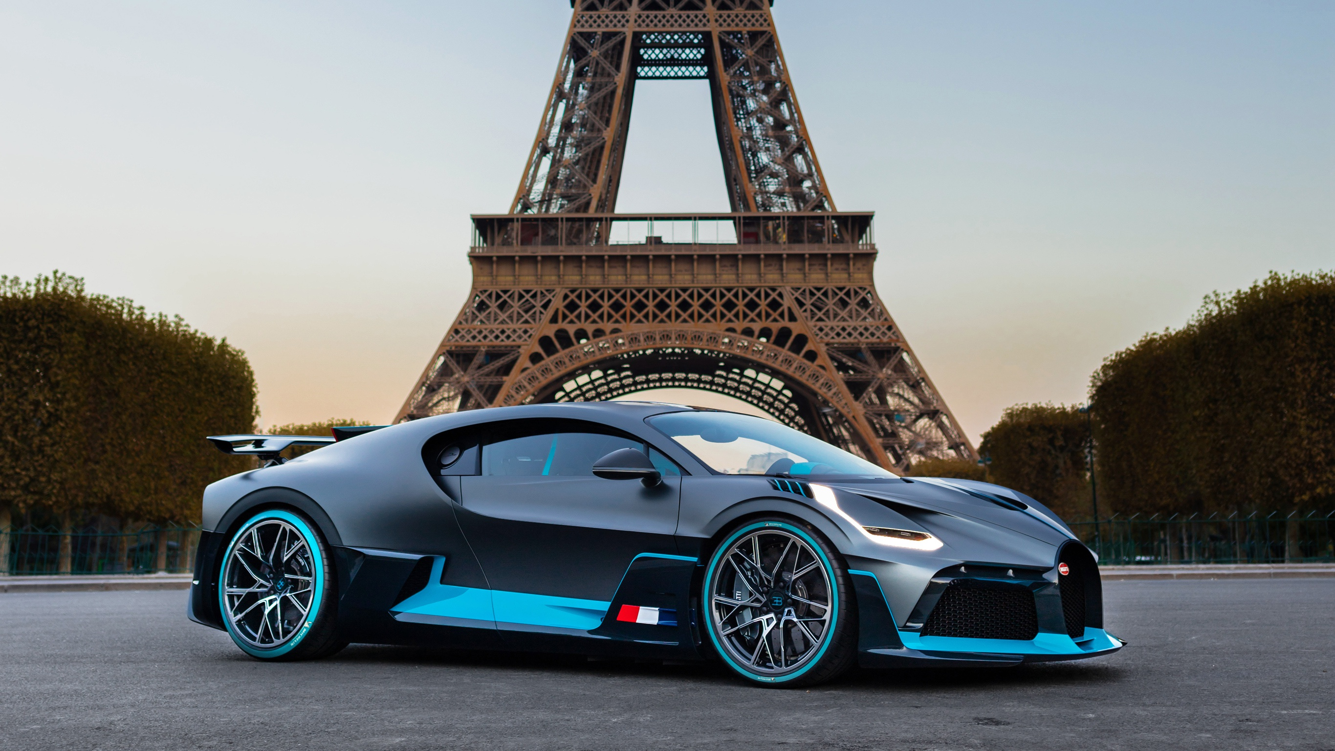 Wallpaper Black Blue Bugatti Divo Car Sportcar Desktop Picture Amp Hd Photo