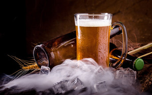 Смотреть обои Alcohol, Beer, Drink, Ice Cube, Still Life